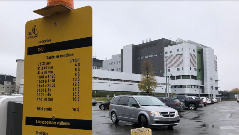 Parking fees at all Quebec public health institutions to be capped by June 2020