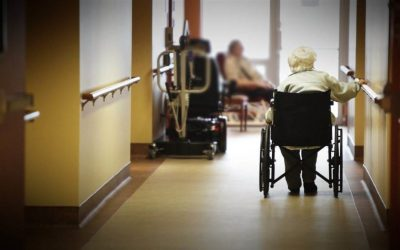 Pandémie et réseau de la santé: des aînés en fin de vie doivent déménager pour créer de la place?